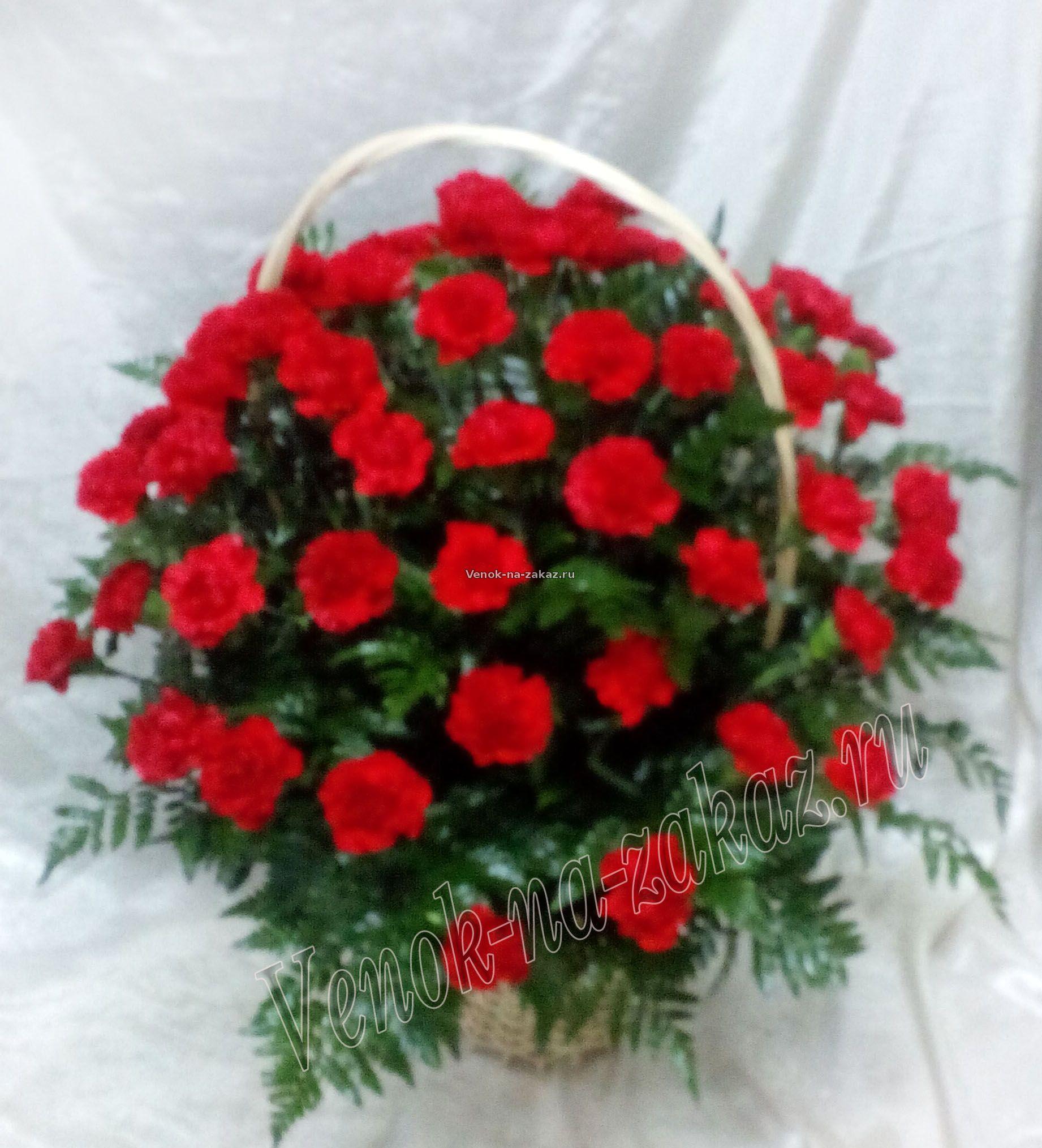 Букеты к 9 Мая, цветы ко Дню Победы, корзины и композиции из 32